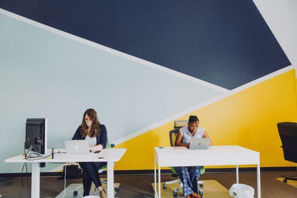 Espace de travail : quelle couleur pour son bureau ?